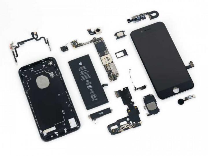 iPhone 7 разобранный