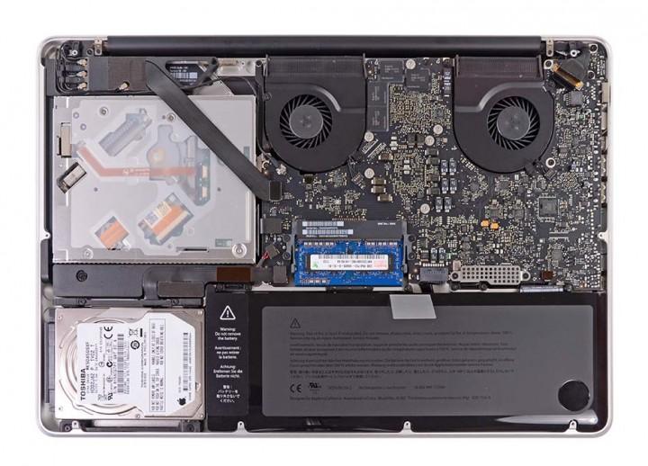 Замена аккумуляторной батареи MacBook Pro Unibody